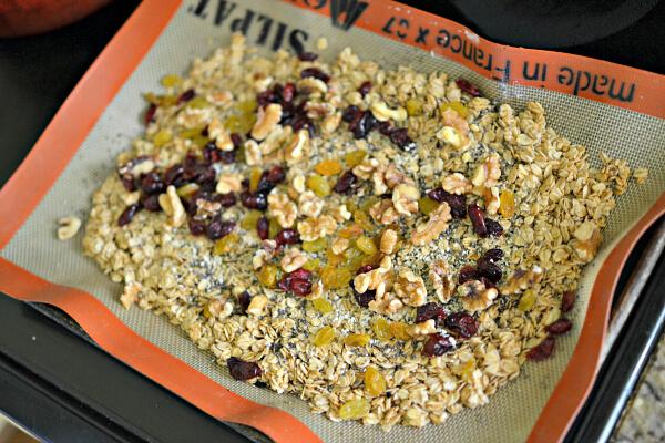 The Best Homemade Granola