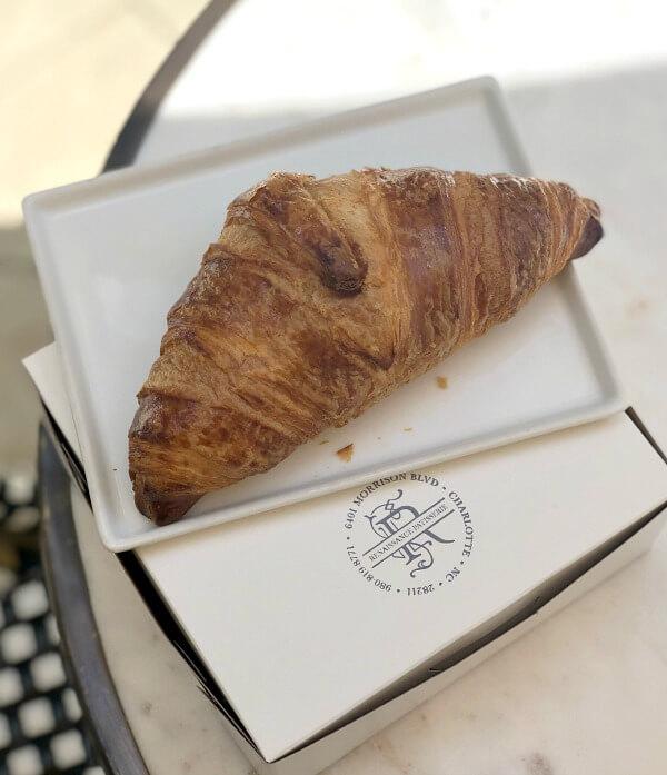 Renaissance Patisserie croissant