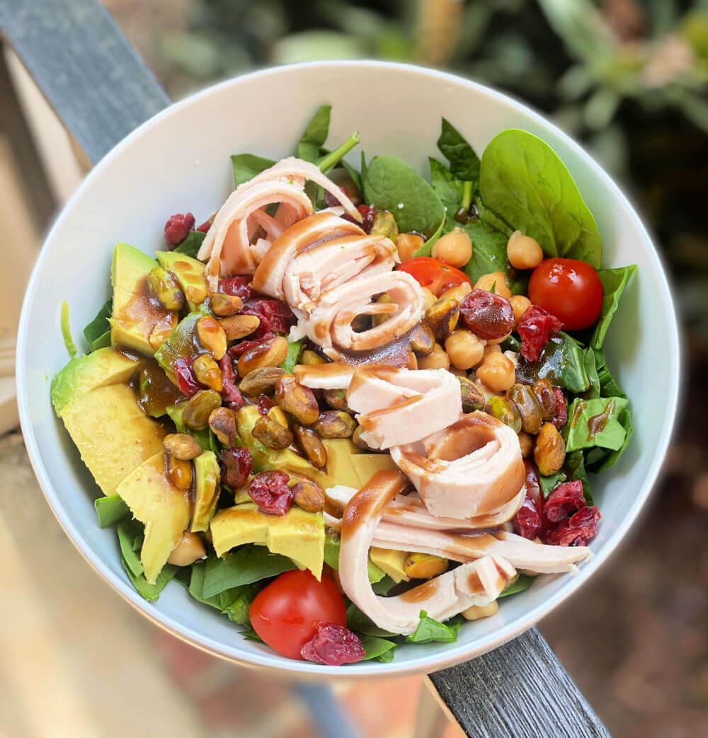 spinach salad with turkey
