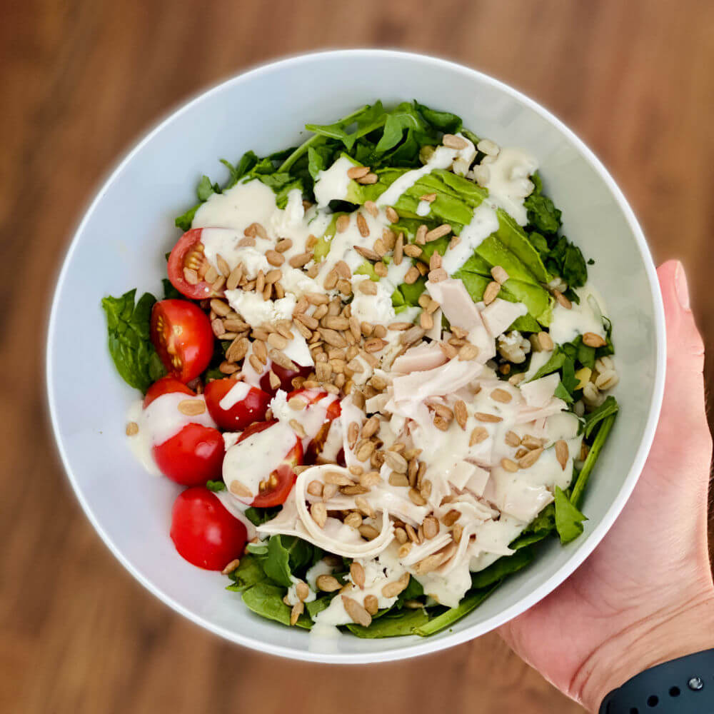 spinach salad with turkey, avocado and ranch