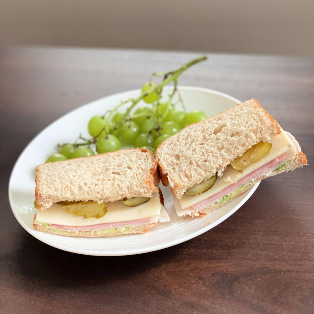 ham and turkey sandwich