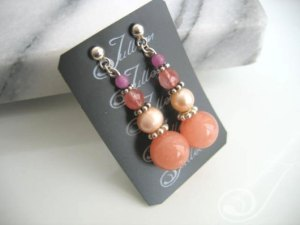 Celia Pink Jade and Pearl Earring