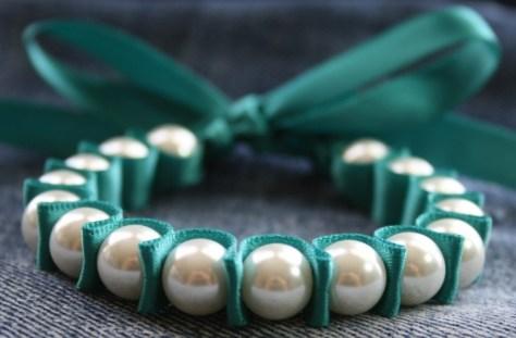 velvet ribbon pearl bracelet