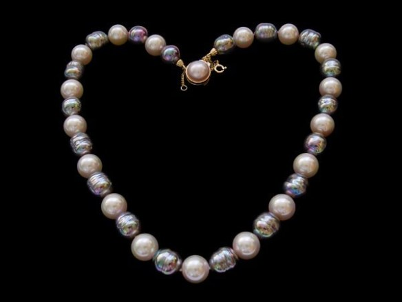 Necklace made out of baroque pearls