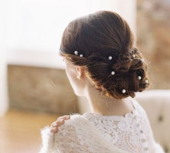 pearl accessories for wedding hair
