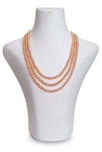 pink triple strand pearl necklace