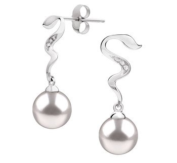 luxurious pearl earrings