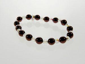 Schwarze Perlenarmbänder