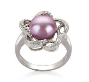 how to wear a pearl ring