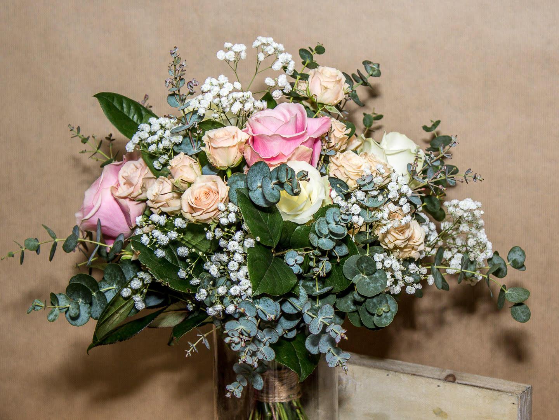 rosas-variadas-ramo