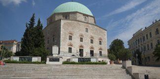Džamija paše Gázi Kászima