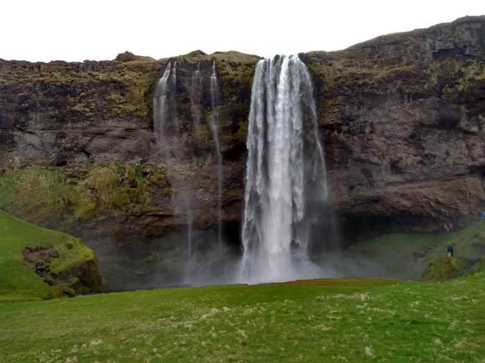 7 días por Islandia seljalandsfoss