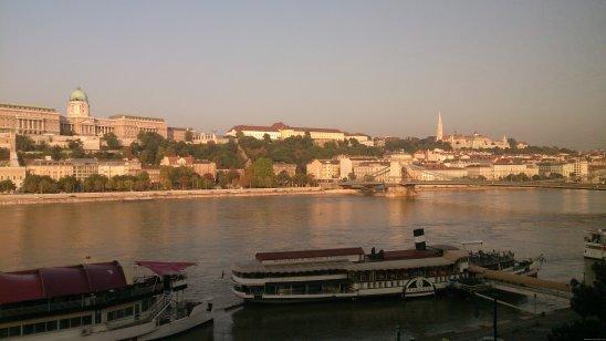 BUDAPEST-Danubio-ventana hotel 3