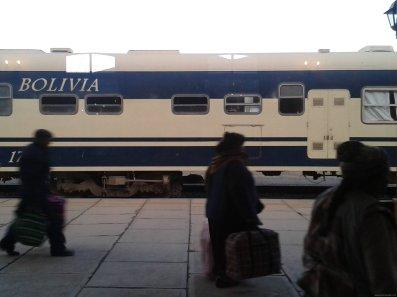 BOLIVIA Tren a Oruro