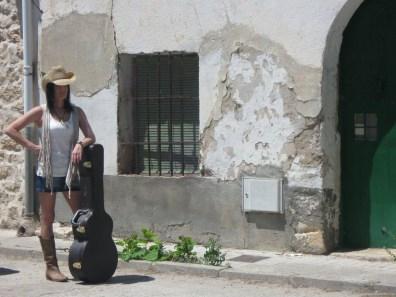 Mónica Y Laura Equiz - No está bien