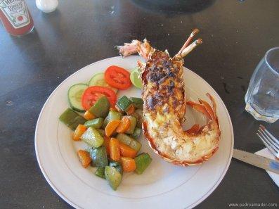 Comida recien pescada en TANZANIA