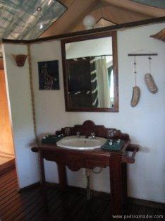TANZANIA-tent
