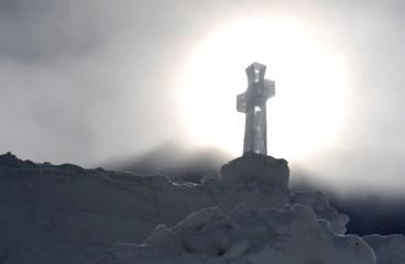 Sfinţirea bisericii de gheaţă de la Bâlea Lac – comunicat de presă