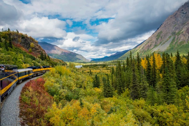 Fall color and beautiful skies and mountains heading near Denali National Park
