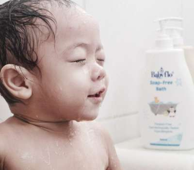 Best Cleanser For My Active Toddler: BabyFlo Soap-Free Bath
