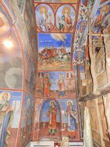 Јужниот дел во олтарот