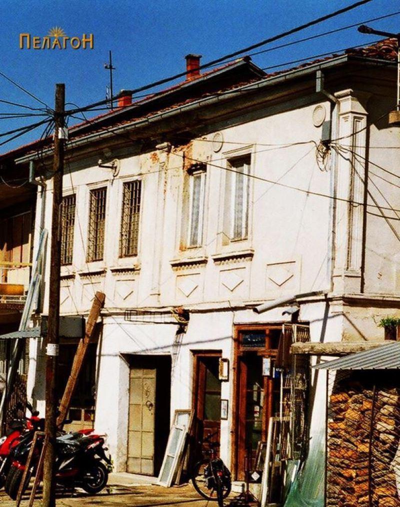 "Куќата на Тодорчевци на улицата ""Андон Слабејко"""