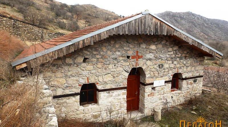 """Црквата """"Св. Димитрија"""" од северозапад"""