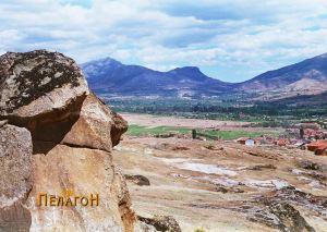 """Локалитетот """"Крклари"""" со некропола од македонски гробници"""