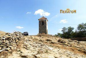 Траги од старата населба има и на ритчето кај селската камбанарија