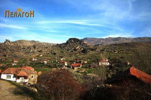Селото Лопатица