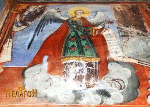 Ангел од ѕидовите во олтарот