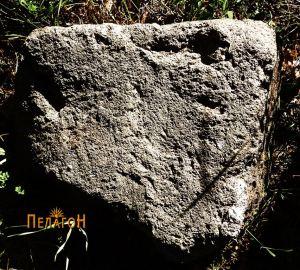 Камен блок 2