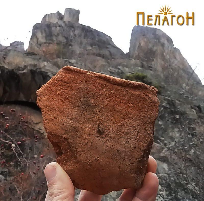 Фрагмент од кењрамички сад од локалитетот - устинка