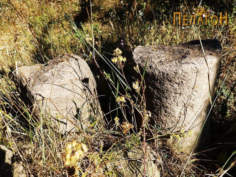 Остатоци од ранохристијанста градба - фрагменти од столбови