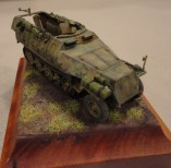 Robert marquinez goes ultra-small with this 1:72 Dragon Sdkfz 251c Halftrack.