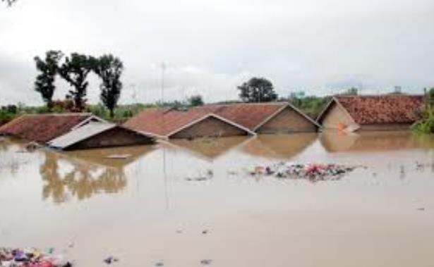 Banjir di Banjarsai dan Cibadak Lebak Mulai Surut
