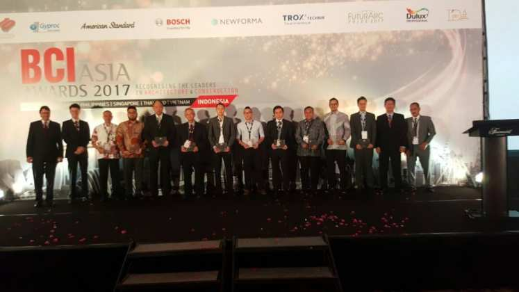 Sinar Mas Land Raih Penghargaan dalam Ajang BCI Asia Top 10 Developer Sinar Mas Land Raih Penghargaan dalam Ajang BCI Asia Top 10 Developer