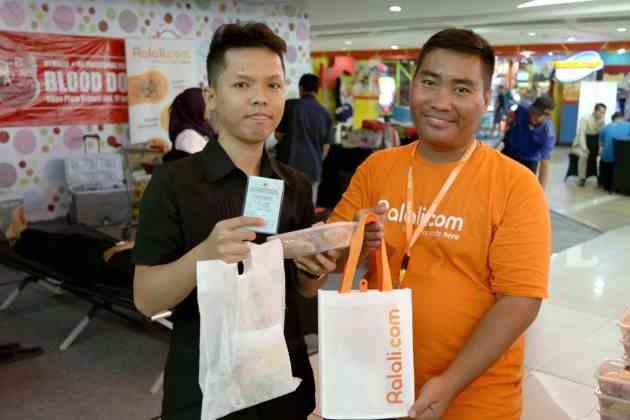 Sambut Lebaran, Ralali.com dan Lippo Plaza Kramat Jati Gelar Aksi Donor Darah