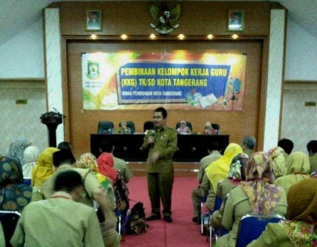 Kepala Dinas Pendidikan Kota Tangerang Minta KKG Lebih Serius Siapkan Bahan Ajar