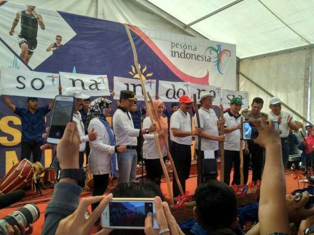 Festival Tanjung Lesung 2017, Menpar Arief Yahya Saksikan Penandatanganan 4 MoU