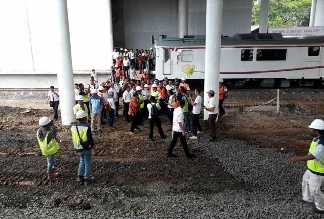 Tinjau Stasiun Batu Ceper, Menhub Budi Karya Targetkan Kereta Bandara Soekarno-Hatta Rampung 25 November 2017