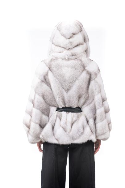 Giacca di Visone bianco con cappuccio