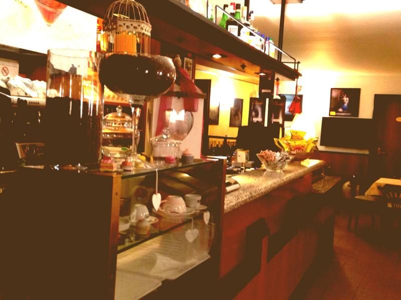bar-centrale-pellizzano-banco