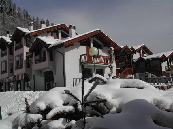 esidence-la-corte-pellizzano-inverno