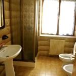 Casa-parco-Sama-pellizzano-bagno