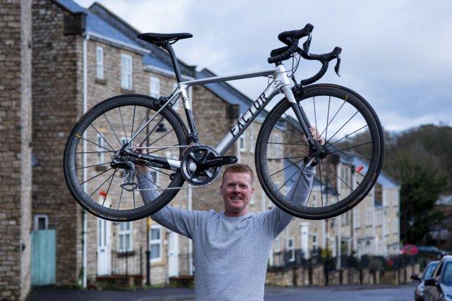 Ele ganhou uma bike completa da Ceramic Speed mas a esposa não acreditou!