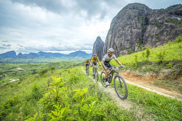 Brasil Ride: Tiago Ferreira e Hans Becking vencem etapa Rainha e aumentam folga na liderança