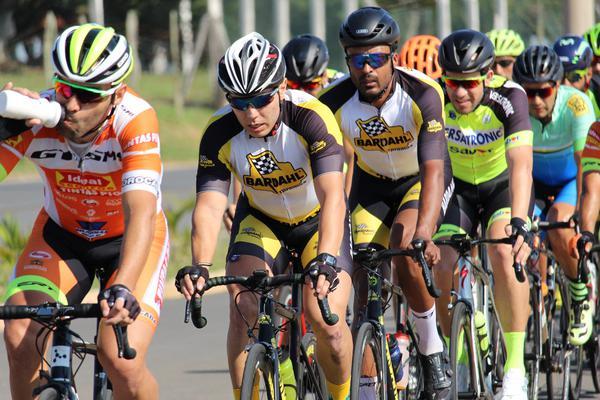Promax Bardahl tem quarteto em ação no GP Cidade Cajamar de Ciclismo