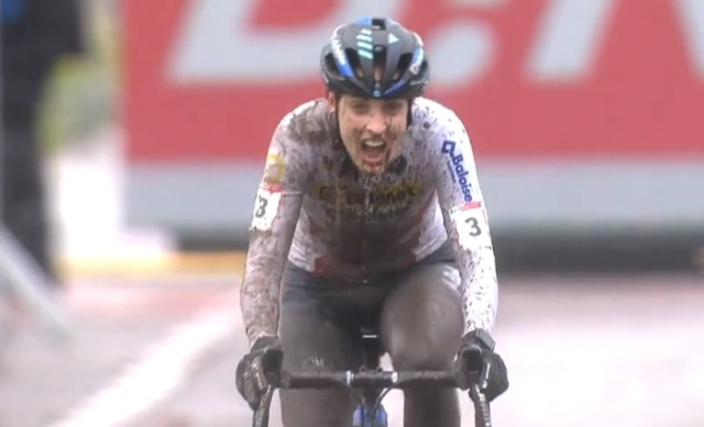 Lucinda Brand vence na Copa do Mundo de Cyclocross em Dendermonde | Captura TV