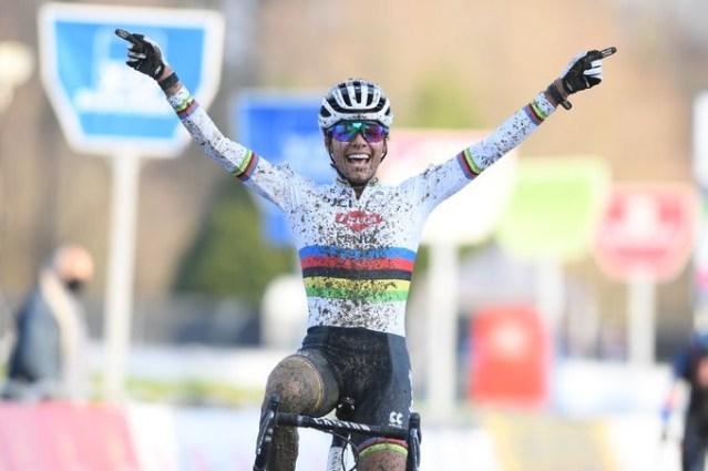 Ceylin Carmen Alvarado vence o GP Sven Nys de Cyclocross